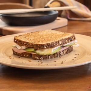 Tostex de presunto, maçã verde e queijo brie Ingredientes