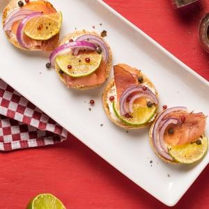Crostini de parma, limão e mix de pimentas