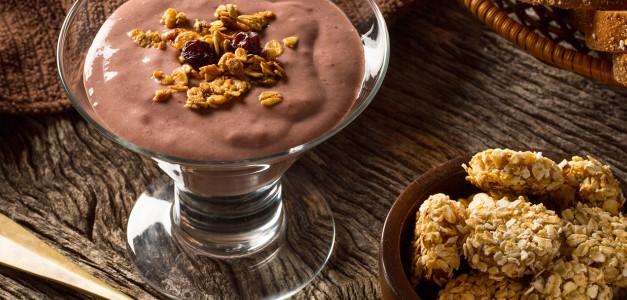 Mousse de Açaí com cookies de aveia